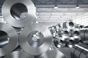 Ruller med stål på fabrikk